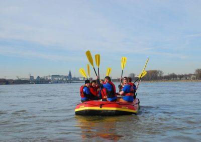 Paddeln auf dem Rhein